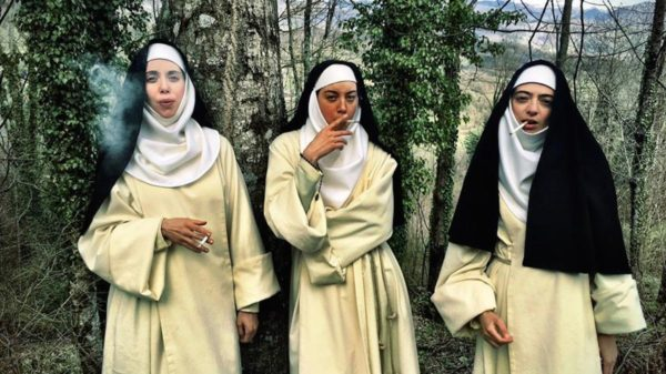 Fantasia 2017 – « Little Hours » : Bitchin' Couvent